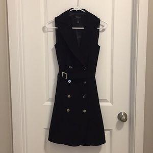 Women's Sleevless Trench Coat